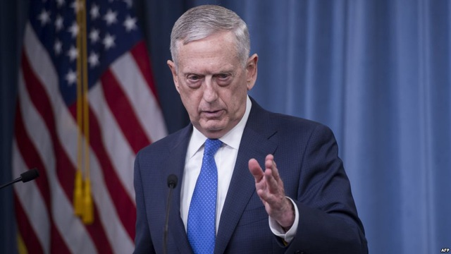 Bộ trưởng Quốc phòng Mỹ Mattis đã đưa ra cảnh báo cứng rắn với Trung Quốc về các hành động trái phép trên Biển Đông (Ảnh: AFP)