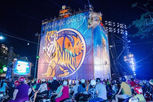 Hành trình của Bức tường Tiger cũng chính thức cán mốc 100.000 người tham gia tính tới thời điểm này.