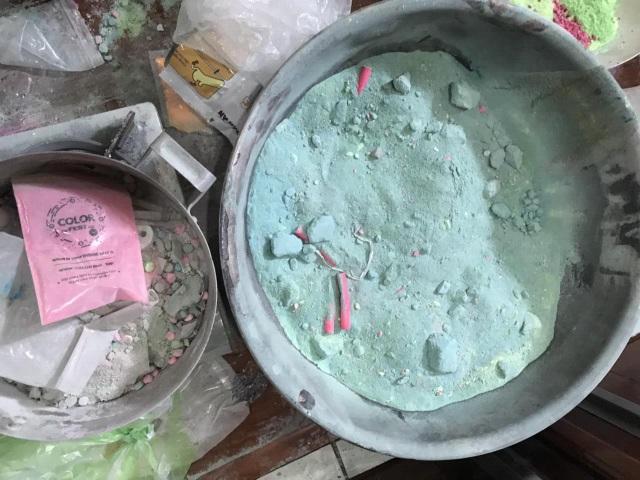 Đánh sập đường dây sản xuất thuốc lắc ở Sài Gòn - 2