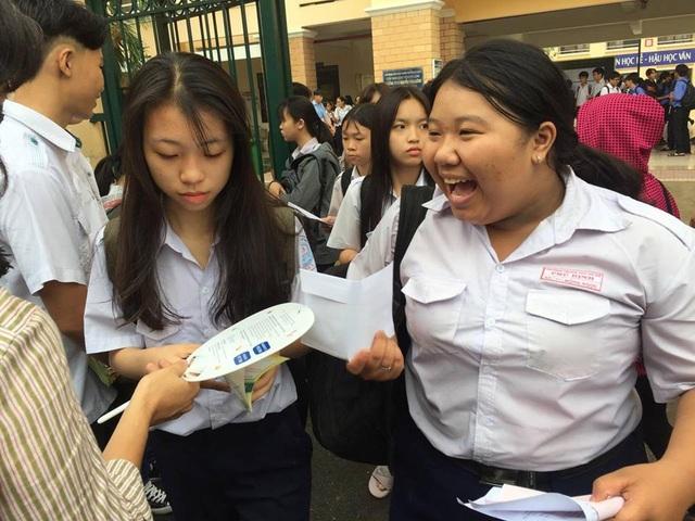 """Đề Văn """"lạ"""" trong kỳ thi lớp 10 ở TPHCM - 3"""