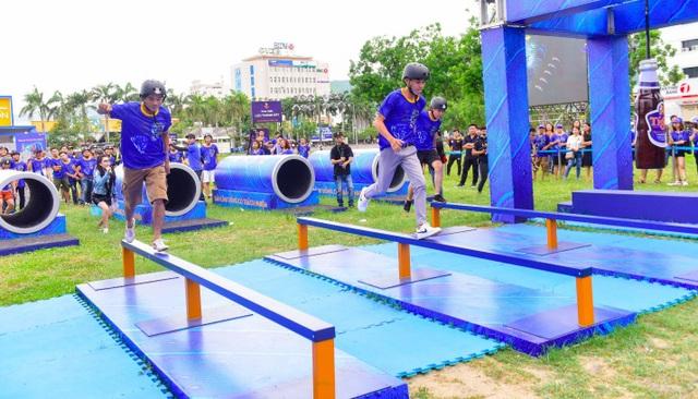 """Sự kiện còn có sức lan tỏa rộng rãi khi thu hút cả những bạn trẻ đến từ những thành phố lân cận như Quảng Nam, Quảng Ngãi, Phú Yên, không ngại đường xa để được hết mình """"đánh thức bản lĩnh"""""""