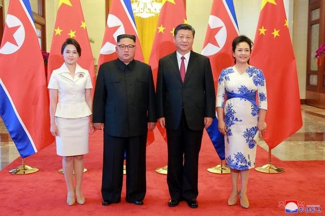 Trước đó, theo truyền thông nhà nước Trung Quốc, ông Kim Jong-un tới thăm Trung Quốc trong 2 ngày 19-20/6. Đây là chuyến thăm Trung Quốc thứ 3 của ông Kim trong 3 tháng qua, sau các chuyến thăm vào tháng 3 và tháng 5.