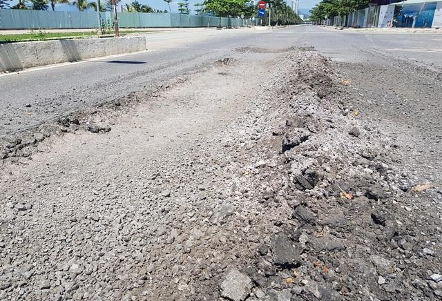 """Đường ven biển Nha Trang như """"ruộng bậc thang"""" - 1"""