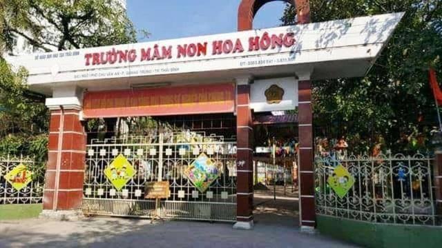 Trường mầm non Hoa Hồng, đóng tại Phố Chu Văn An, phường Quang Trung, thành phố Thái Bình