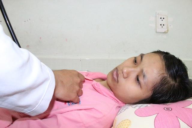 Không đủ tiền mổ tim, người mẹ trẻ sắp lìa xa con thơ - 3