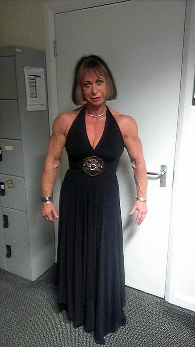 Bà bắt đầu tập luyện từ hơn 40 năm về trước