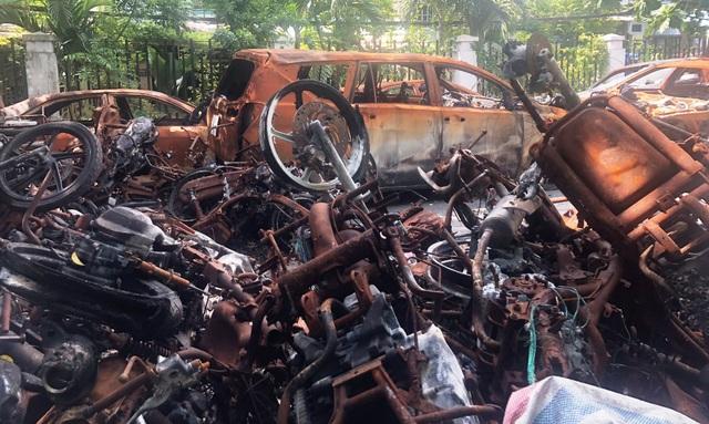 Vụ hỏa hoạn khiến 13 người chết (5 nam, 8 nữ, trong đó có 3 trẻ em), 28 người bị thương; cháy rụi 15 ôtô, 150 xe máy các loại.