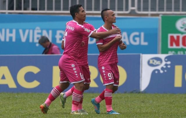 Quốc Phương giúp Sài Gòn FC mở tỷ số trước