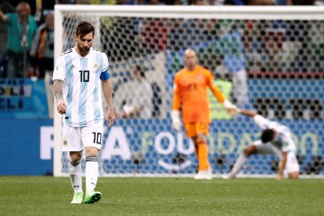 Cổ động viên kêu gọi Messi từ giã đội tuyển Argentina | Báo Dân trí