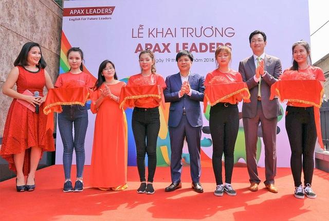 Apax Leaders ra mắt tại TP Hồ Chí Minh với mục tiêu tiếp tục phát triển và mở rộng môi trường học tập chuẩn quốc tế cho trẻ em Việt Nam.