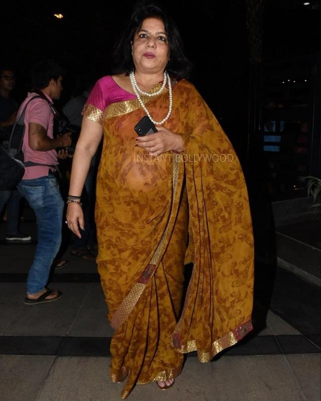 Bà Madhu Chopra, mẹ của Priyanka Chopra đã đi ăn tối cùng con gái