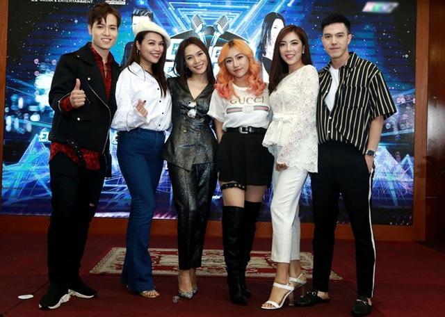 5 nghệ sĩ chính sẽ có mặt trong chương trình Minh Châu, Đăng Quân, Lệ Ngọc, Tuyết Mai và Orange.