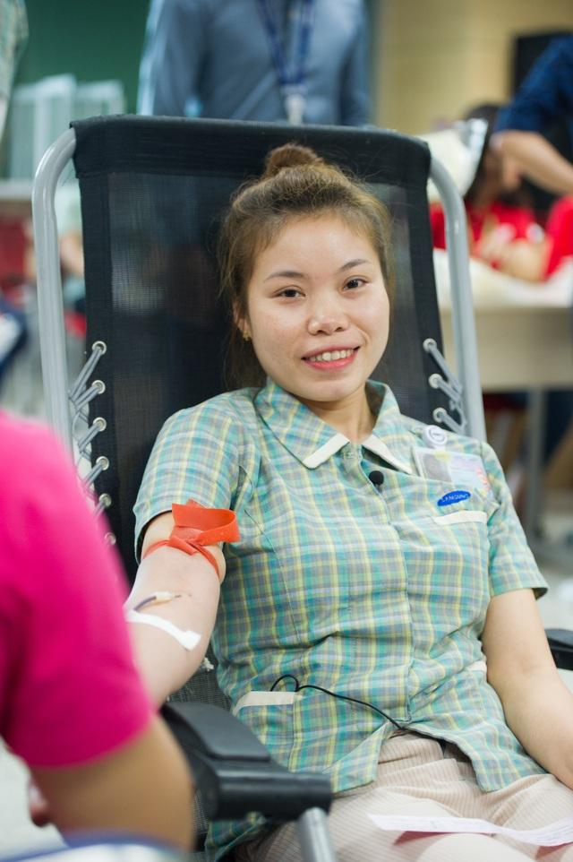 Chị Nguyễn Lễ Chi tham gia hiến máu tình nguyện tại Chung dòng máu Việt 2018