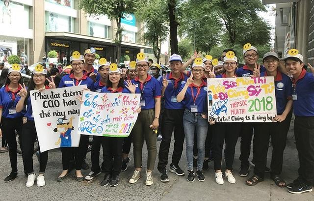 Sinh viên tình nguyện Tiếp sức mùa thi ra quân