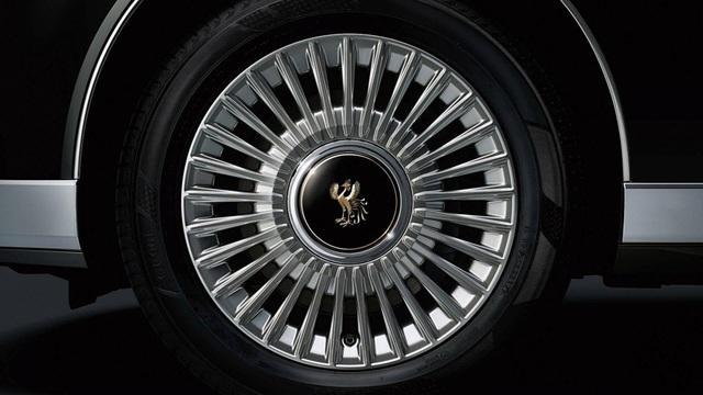 Cận cảnh chiếc Toyota đẳng cấp Rolls-Royce, giá siêu xe - 8