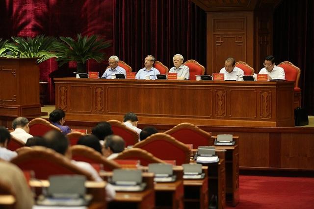 Tổng Bí thư chủ trì hội nghị (ảnh: Nam Trần)
