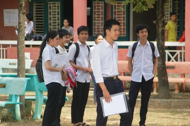 Thí sinh Quảng Trị hoàn thành bài thi môn Văn. (Ảnh: Đ. Đức)