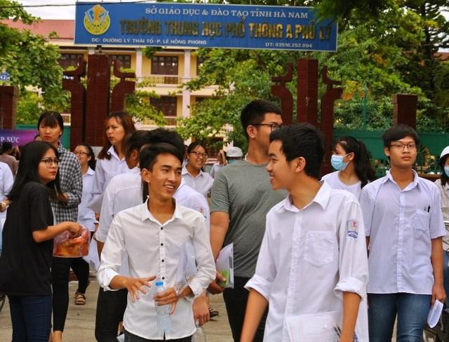 Các thí sinh Hà Nam tham dự kỳ thi THPT Quốc gia năm 2018. (Ảnh: Đức Văn)