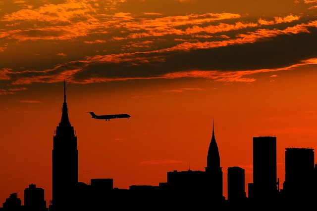 Tòa nhà Empire State Building nặng bao nhiêu?