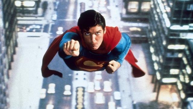 Bạn muốn là siêu anh hùng nào và tại sao?