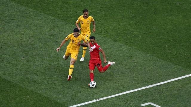 Australia 0-2 Peru: Guerero tỏa sáng - 15