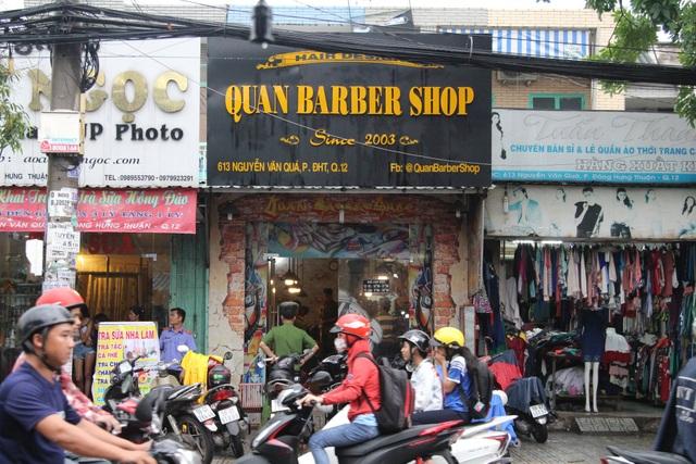 Tiệm hớt tóc nơi xảy ra vụ truy sát táo tợn