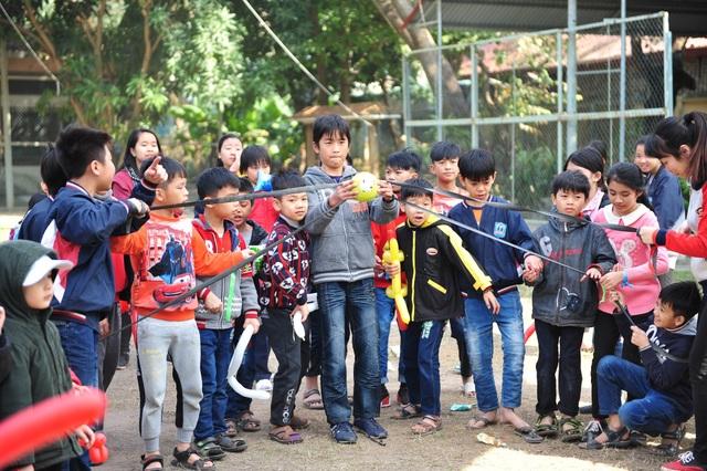 AMWAY Việt Nam: Mỗi năm thêm một hành trình yêu thương - 1