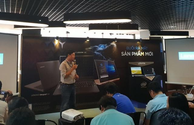 Đại diện Lenovo giới thiệu về loạt thiết bị mới tại Việt Nam