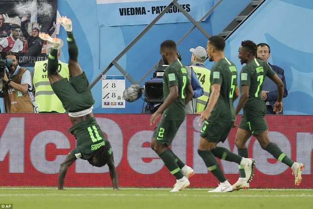 Nigeria đã đứng trước cơ hội lớn để có mặt ở vòng 1/8