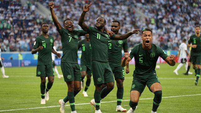 Niềm vui của các cầu thủ NIgeria