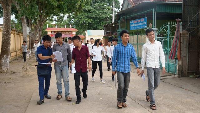 11 lần đi thi, từng học 5 trường Đại học, thí sinh Nguyễn Văn Mão được xem là thí sinh dị nhất.