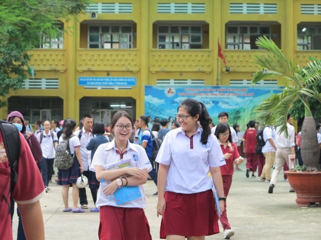Đa số thí sinh đều thở phào vì kết thúc kỳ thi căng thẳng.