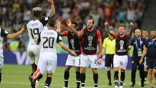 Niềm vui sau bàn gỡ hòa của Costa Rica