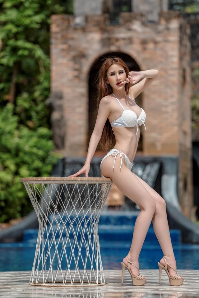 Để có được vóc dáng này, Chi Nguyễn đã phải dành nhiều thời gian rèn luyện thể lực và tuân thủ chế độ ăn uống nghiêm ngặt. Trong những ngày tham gia Miss Asia World 2018, do thay đổi thời tiết cộng thêm chứng biếng ăn mắc phải trong nhiều tháng qua khiến người đẹp gốc Vĩnh Long sụt hẳn 5kg chỉ sau hơn 1 tuần.