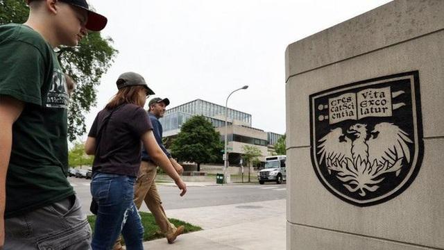 Đại học Chicago là trường đại học danh giá nước Mỹ bỏ yêu cầu SAT/ ACT khi nộp hồ sơ vào trường (Ảnh: Chicago Tribune).