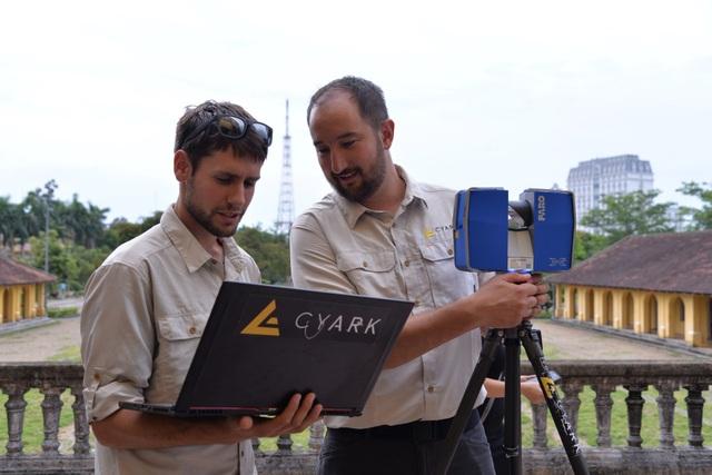 Cyarrk sử dụng các công nghệ chụp ảnh, quét laser để lưu lại hình ảnh của tổ hợp di tích ở Huế và dựng 3D để phục vụ việc bảo tồn, du lịch và học tập.