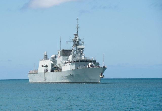 Tàu HMCS Ottawa (FFH-341) của Canada