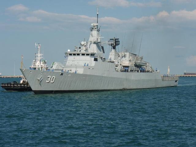 Tàu KD Lekiu (FFG-30) của Malaysia