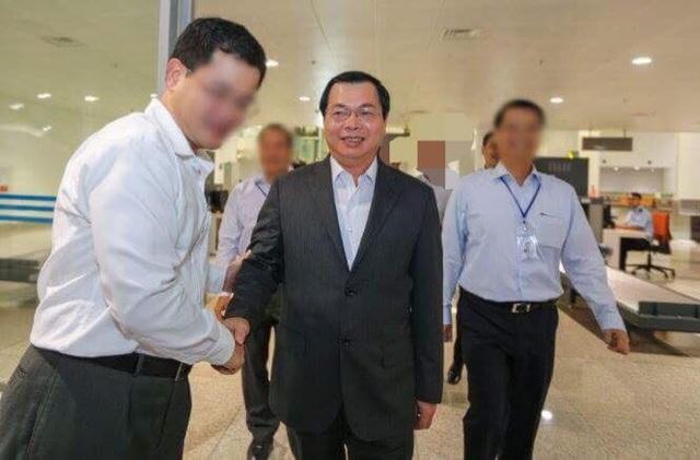 Cựu Bộ trưởng Công Thương Vũ Huy Hoàng trong 1 lần đi công tác nước ngoài
