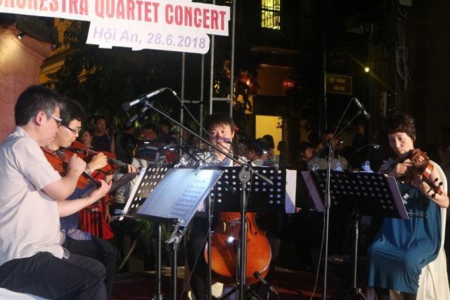 Những bản nhạc dân ca, truyền thống quen thuộc của Nhật Bản, Việt Nam được trình diễn