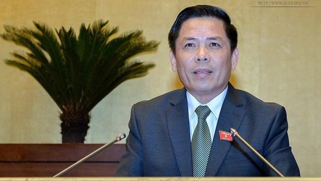 Bộ trưởng GTVT Nguyễn Văn Thể có gần trọn buổi sáng và nửa đầu buổi chiều ngày 4/6 trên ghế nóng