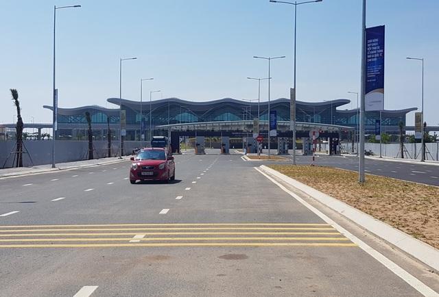 Nhà ga quốc tế Cam Ranh (Khánh Hòa) đi vào hoạt động sau gần 2 năm thi công