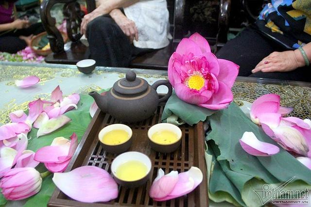 """""""Thiên hạ đệ nhất trà"""" 10 triệu đồng/kg, uống ngụm nào chất ngụm đấy - 15"""
