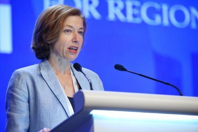 Bộ trưởng Quốc phòng Pháp Florence Parly (Ảnh: Straits Times)