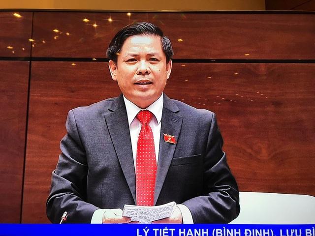 Bộ trưởng Bộ GTVT Nguyễn Văn Thể trả lời chất vấn trước Quốc hội