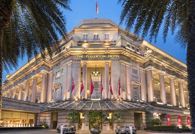 The Fullerton được xây dựng từ năm 1928 với lối kiến trúc cổ điển. Đây là một khách sạn 5 sao với tổng cộng khoảng 400 phòng lớn nhỏ. (Ảnh: Telegraph)
