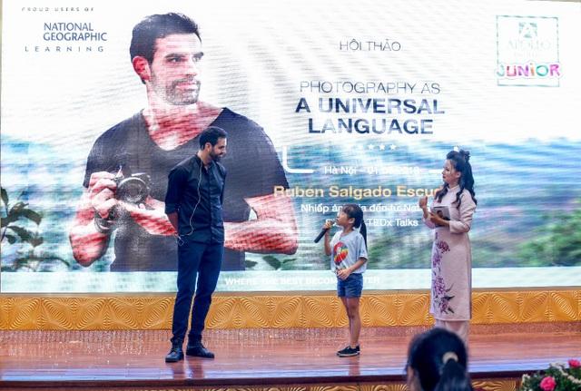 Nhiếp ảnh gia danh tiếng giao lưu tiếng Anh với học viên Việt Nam - 5