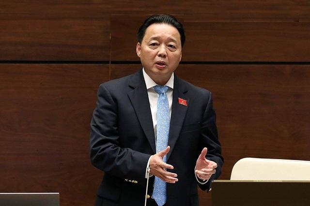 Đây là lần thứ 2 Bộ trưởng TN-MT Trần Hồng Hà đăng đàn trả lời chất vấn trước Quốc hội (Ảnh: Như Phúc)