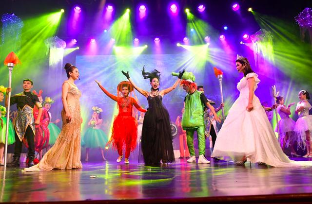 """""""Bay lên những ước mơ"""" - show diễn ấn tượng mùa hè dành cho trẻ em - 1"""
