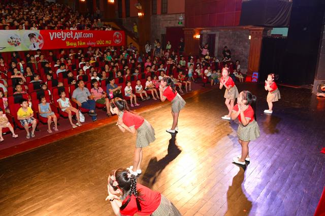 """""""Bay lên những ước mơ"""" - show diễn ấn tượng mùa hè dành cho trẻ em - 9"""